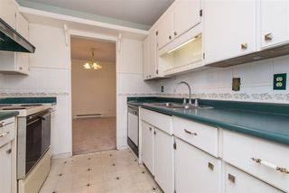 "Photo 5: 106 32910 AMICUS Place in Abbotsford: Central Abbotsford Condo for sale in ""Royal Oaks"" : MLS®# R2381104"