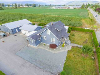 Photo 6: 32263 HARRIS Road in Abbotsford: Matsqui House for sale : MLS®# R2385141