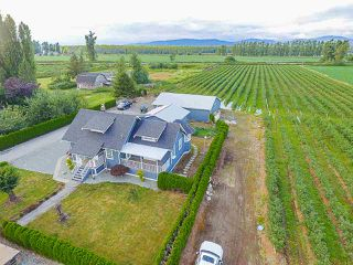Photo 4: 32263 HARRIS Road in Abbotsford: Matsqui House for sale : MLS®# R2385141