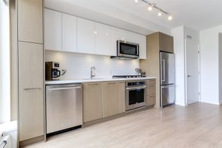 "Photo 8: 410 384 E 1ST Avenue in Vancouver: Strathcona Condo for sale in ""CANVAS"" (Vancouver East)  : MLS®# R2393918"