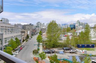 "Photo 17: 410 384 E 1ST Avenue in Vancouver: Strathcona Condo for sale in ""CANVAS"" (Vancouver East)  : MLS®# R2393918"