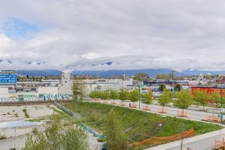 "Photo 18: 410 384 E 1ST Avenue in Vancouver: Strathcona Condo for sale in ""CANVAS"" (Vancouver East)  : MLS®# R2393918"