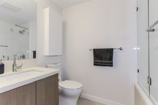 "Photo 14: 410 384 E 1ST Avenue in Vancouver: Strathcona Condo for sale in ""CANVAS"" (Vancouver East)  : MLS®# R2393918"