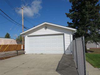 Photo 3: 4112 116 Street NW in Edmonton: Zone 16 House for sale : MLS®# E4172702