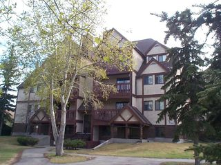 Photo 1: 8022 Tudor Glen: St. Albert Condo for sale : MLS®# E4176493