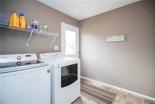Photo 11: 71 Village Cove in Winnipeg: Waterside Estates Residential for sale (2G)  : MLS®# 1930490