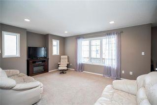 Photo 4: 71 Village Cove in Winnipeg: Waterside Estates Residential for sale (2G)  : MLS®# 1930490