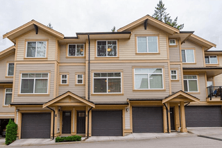 Photo 1: Unit 17 5957 152 Street in Surrey: Sullivan Station Townhouse for sale : MLS®# R2413916