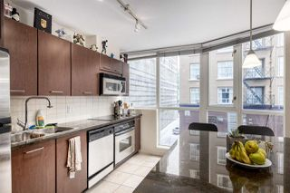 """Photo 3: 302 1199 SEYMOUR Street in Vancouver: Downtown VW Condo for sale in """"BRAVA"""" (Vancouver West)  : MLS®# R2428996"""
