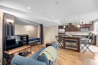 """Photo 1: 302 1199 SEYMOUR Street in Vancouver: Downtown VW Condo for sale in """"BRAVA"""" (Vancouver West)  : MLS®# R2428996"""