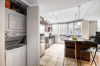 """Photo 10: 302 1199 SEYMOUR Street in Vancouver: Downtown VW Condo for sale in """"BRAVA"""" (Vancouver West)  : MLS®# R2428996"""