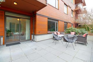 Photo 3: 103 3610 Richmond Rd in VICTORIA: SE Mt Tolmie Condo for sale (Saanich East)  : MLS®# 834987