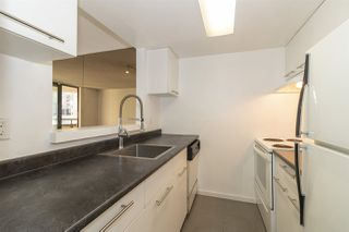 Photo 8: 605 789 DRAKE STREET in Vancouver: Downtown VW Condo for sale (Vancouver West)  : MLS®# R2444128