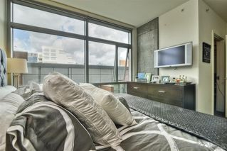 Photo 2: DOWNTOWN Condo for rent : 1 bedrooms : 800 The Mark Ln #304 in San Diego