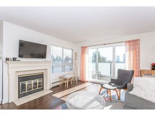 """Photo 10: 307 1830 E SOUTHMERE Crescent in Surrey: Sunnyside Park Surrey Condo for sale in """"Southmere Mews"""" (South Surrey White Rock)  : MLS®# R2466691"""