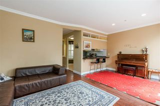"""Photo 3: 28 35287 OLD YALE Road in Abbotsford: Abbotsford East Townhouse for sale in """"The Falls"""" : MLS®# R2472248"""