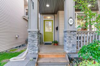 Photo 2: 519 53 Avenue SW in Calgary: Windsor Park Detached for sale : MLS®# A1036002
