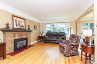 Photo 7: 1797 Mcrae Ave in : SE Camosun House for sale (Saanich East)  : MLS®# 857060