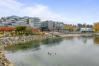 "Photo 2: 502 1327 BELLEVUE Avenue in West Vancouver: Ambleside Condo for sale in ""GROSVENOR AMBLESIDE"" : MLS®# R2516607"