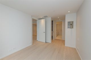"Photo 13: 502 1327 BELLEVUE Avenue in West Vancouver: Ambleside Condo for sale in ""GROSVENOR AMBLESIDE"" : MLS®# R2516607"