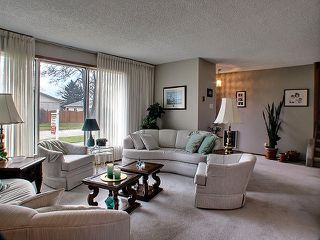 Photo 2: 38 Kirk Crescent in Winnipeg: Maples / Tyndall Park Residential for sale ()  : MLS®# 1221684