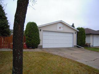 Photo 16: 38 Kirk Crescent in Winnipeg: Maples / Tyndall Park Residential for sale ()  : MLS®# 1221684