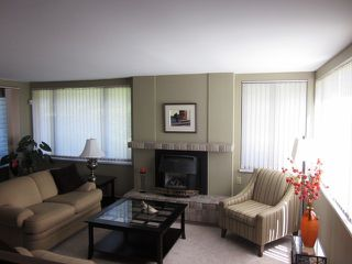 Photo 5: # 114 15275 19TH AV in Surrey: King George Corridor Condo for sale (South Surrey White Rock)  : MLS®# F1314372