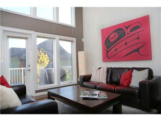 Photo 3: 206 WENTWORTH Villa SW in CALGARY: West Springs Townhouse for sale (Calgary)  : MLS®# C3589320