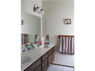 Photo 8: SPRING VALLEY House for sale : 3 bedrooms : 10447 Pine Grove Street