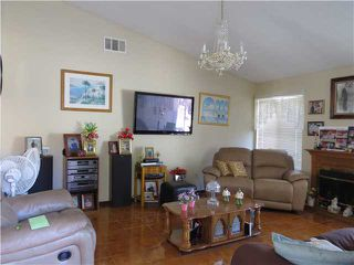 Photo 4: SPRING VALLEY House for sale : 3 bedrooms : 10447 Pine Grove Street