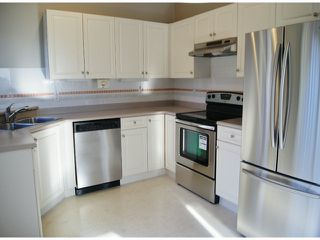 "Photo 7: 1 11952 64TH Avenue in Delta: Sunshine Hills Woods Townhouse for sale in ""Sunwood Place"" (N. Delta)  : MLS®# F1400942"