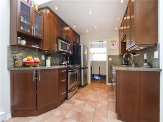 Photo 6: 4 1040 W 7TH Avenue in Vancouver: Fairview VW Townhouse for sale (Vancouver West)  : MLS®# V1047822