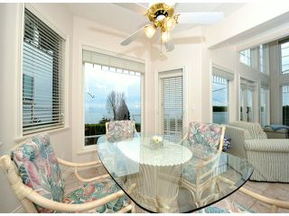 """Photo 10: 14410 SUNSET Lane: White Rock House for sale in """"MARINE DRIVE WEST"""" (South Surrey White Rock)  : MLS®# F1413087"""