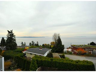 """Photo 19: 14410 SUNSET Lane: White Rock House for sale in """"MARINE DRIVE WEST"""" (South Surrey White Rock)  : MLS®# F1413087"""