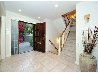 """Photo 13: 14410 SUNSET Lane: White Rock House for sale in """"MARINE DRIVE WEST"""" (South Surrey White Rock)  : MLS®# F1413087"""