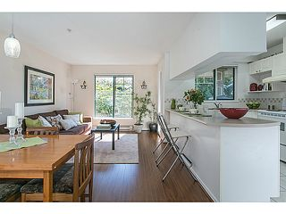 """Main Photo: 310 929 W 16TH Avenue in Vancouver: Fairview VW Condo for sale in """"OAKVIEW GARDENS"""" (Vancouver West)  : MLS®# V1085838"""