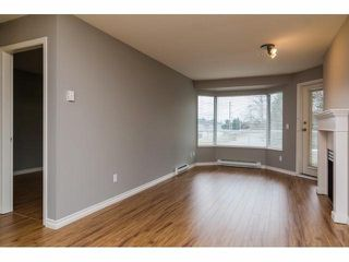 "Photo 3: 329 2750 FAIRLANE Street in Abbotsford: Central Abbotsford Condo for sale in ""THE FAIRLANE"" : MLS®# F1428068"
