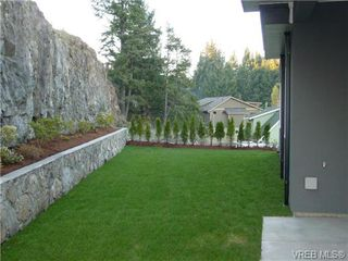 Photo 10: 3465 Fulton Rd in VICTORIA: Co Triangle House for sale (Colwood)  : MLS®# 692509