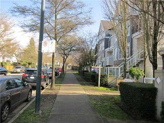 "Photo 16: 23 780 W 15TH Avenue in Vancouver: Fairview VW Townhouse for sale in ""SIXTEEN WILLOWS"" (Vancouver West)  : MLS®# V1108293"