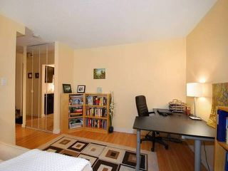 "Photo 4: 108 175 E 5TH Street in North Vancouver: Lower Lonsdale Condo for sale in ""WELLINGTON MANOR"" : MLS®# V1121964"