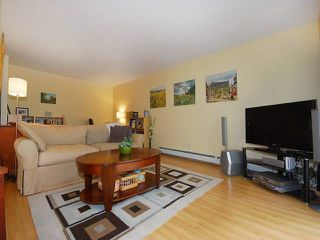 "Photo 13: 108 175 E 5TH Street in North Vancouver: Lower Lonsdale Condo for sale in ""WELLINGTON MANOR"" : MLS®# V1121964"