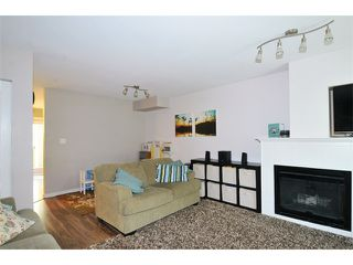 """Photo 5: 38 12449 191ST Street in Pitt Meadows: Mid Meadows Townhouse for sale in """"WINDSOR CROSSING"""" : MLS®# V1123171"""