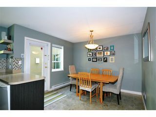 """Photo 8: 38 12449 191ST Street in Pitt Meadows: Mid Meadows Townhouse for sale in """"WINDSOR CROSSING"""" : MLS®# V1123171"""