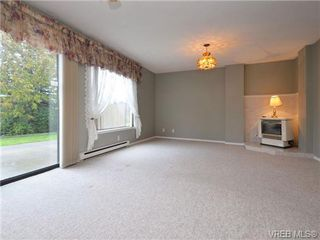 Photo 8: 826 Cameo St in VICTORIA: SE High Quadra House for sale (Saanich East)  : MLS®# 722342