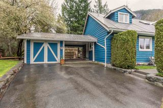 "Photo 4: 1107 PLATEAU Crescent in Squamish: Plateau House for sale in ""PLATEAU"" : MLS®# R2050818"
