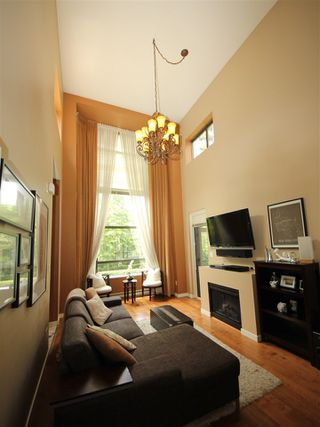 "Photo 4: TH5 4250 DAWSON Street in Burnaby: Brentwood Park Townhouse for sale in ""OMA"" (Burnaby North)  : MLS®# R2090619"