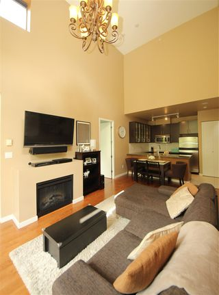"Photo 3: TH5 4250 DAWSON Street in Burnaby: Brentwood Park Townhouse for sale in ""OMA"" (Burnaby North)  : MLS®# R2090619"