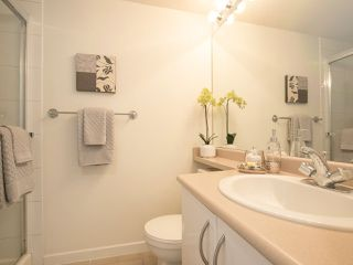 "Photo 13: 202 3023 W 4TH Avenue in Vancouver: Kitsilano Condo for sale in ""DELANO"" (Vancouver West)  : MLS®# R2099188"