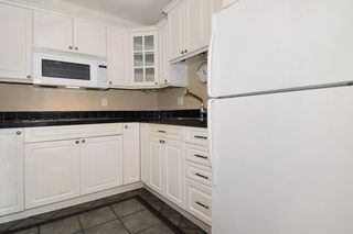"""Photo 3: 202 436 SEVENTH Street in New Westminster: Uptown NW Condo for sale in """"REGENCY COURT"""" : MLS®# R2099658"""