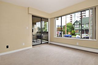 """Photo 4: 202 436 SEVENTH Street in New Westminster: Uptown NW Condo for sale in """"REGENCY COURT"""" : MLS®# R2099658"""